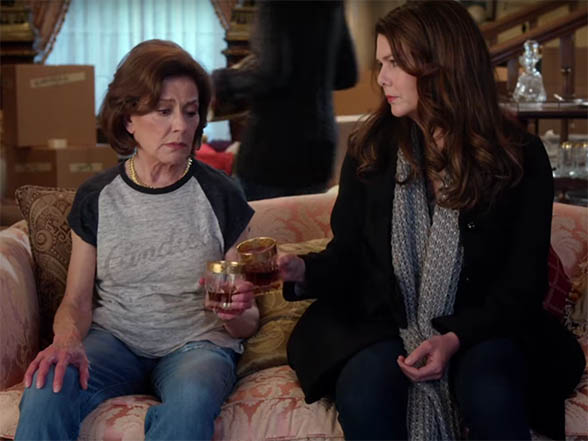 It's the relationships that is at the heart of Gilmore Girls. Gilmore Girls: A Year in the Life. Image Credit: Netflix.