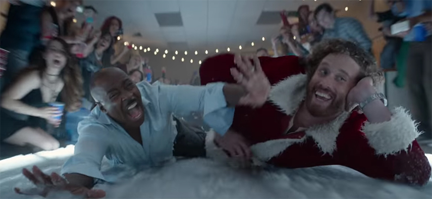 Ok I'll admit it, that looks kind of fun. Office Christmas Party. Image Credit: Paramount.