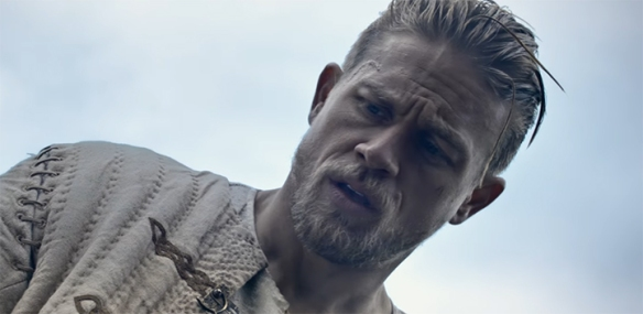 Charlie Hunnam is a really good Arthur