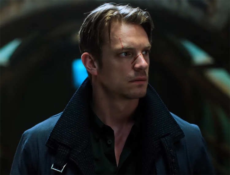 While it gets better towards the end of the season, I wish they had given Joel Kinnaman more of a range. Though, he does get some of the more iconic fight scenes that I have seen in a while.